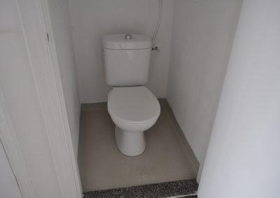 AH_toilet